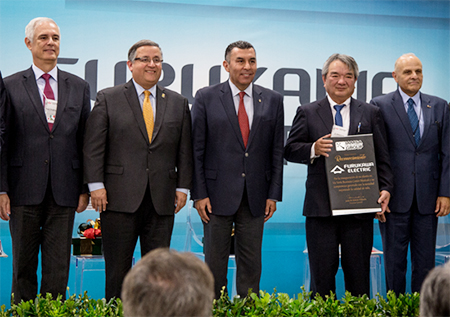From the left: Foad Shaikhzadeh (Corporate Senior Vice President of Furukawa Electric and President of Furukawa Electric Latina America), Gustavo Sanchez Nasquez (Mexicali Mayor), Francisco Rueda Gomez (Secretary General of Baja California State Government), Shunichi Nakamura (General Manager, the Communication Solutions Division of Furukawa Electric), Sergio Tagliapietra (IVEMSA President and CEO)